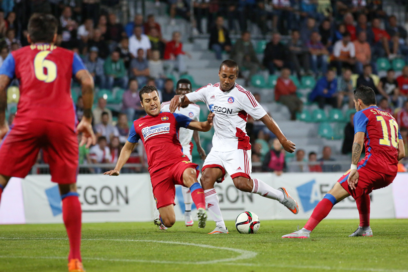 Fotenie futbalu AS Trencin - Steaua Bukurest.